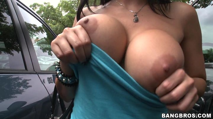 Appealing big breasted latin Diamond Kitty is ready for some very strong love rocket