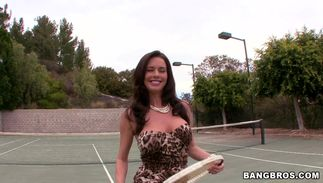 Nasty busty hottie with juice tang is incredible and extremely horny