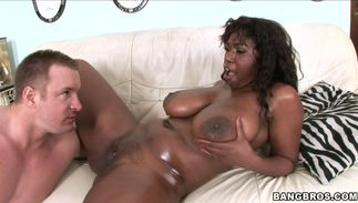 Paramour gave wonderful Delotta Brown with biggest natural tits what she needed
