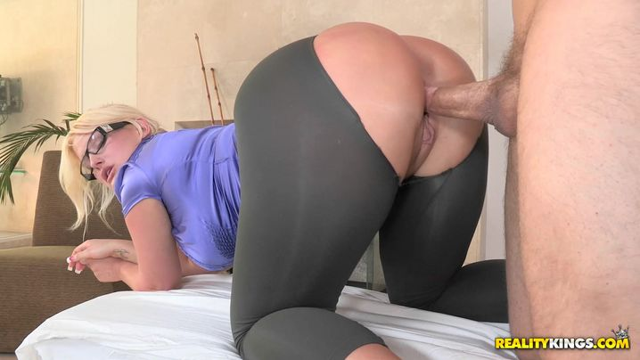 Prodigious blond Julie Cash with great tits was sitting while boyfriend was eating her warm love tunnel