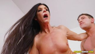 Lover knows exactly when he should fuck remarkable big titted floosy India Summer until she begins screaming loudly
