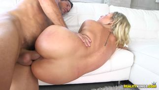Breathtaking blond bombshell Veronica Dean with impressive tits enjoys being drilled in wet beaver